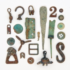 Beach-found metal, mainly 1900s