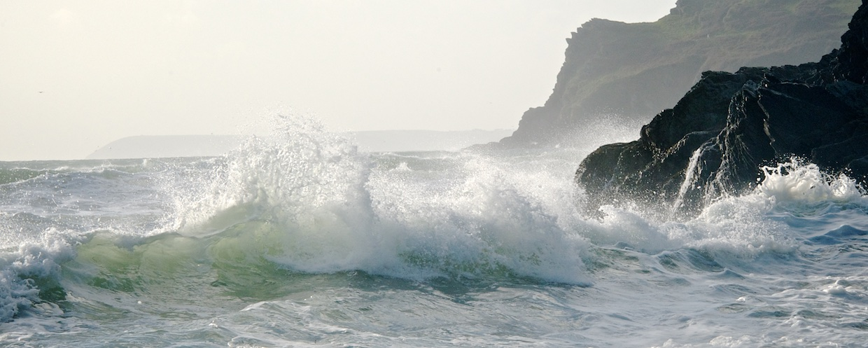 Lansallos Sunlit Wave 2:5