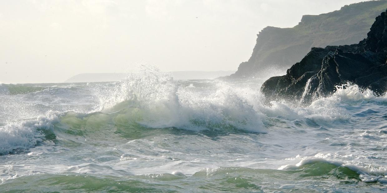Lansallos Sunlit Wave 2:1
